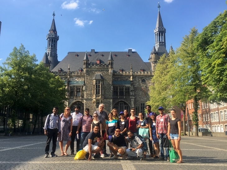 IGCS Summer School students in front of Aachen Cathedral